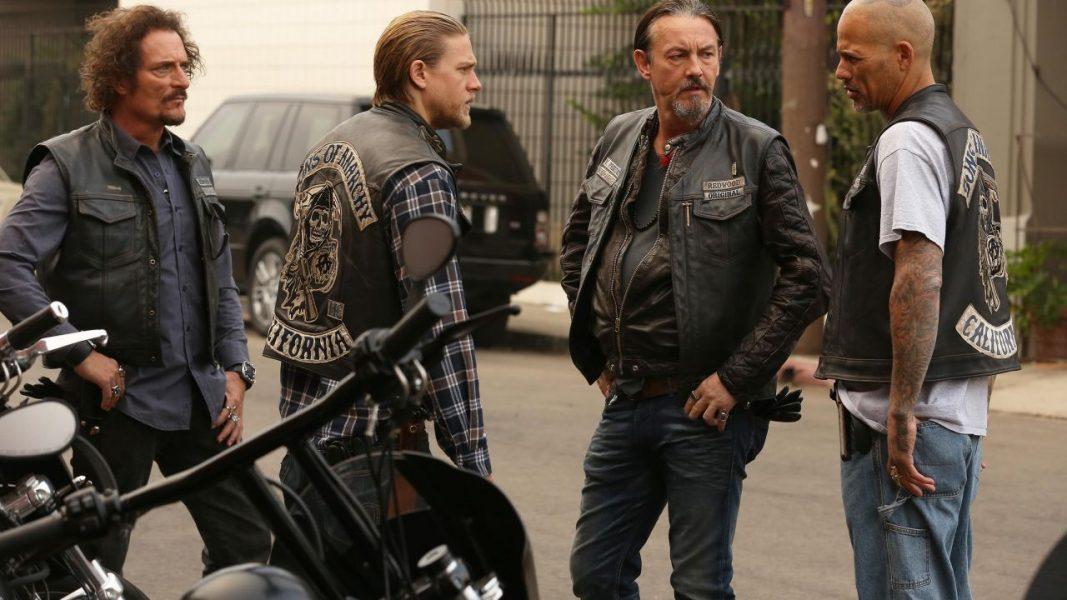 Mayans MC: Watch Biker Gang Erupt in Sons of Anarchy