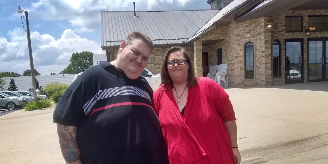 Rena Kiser and Lee Sutton