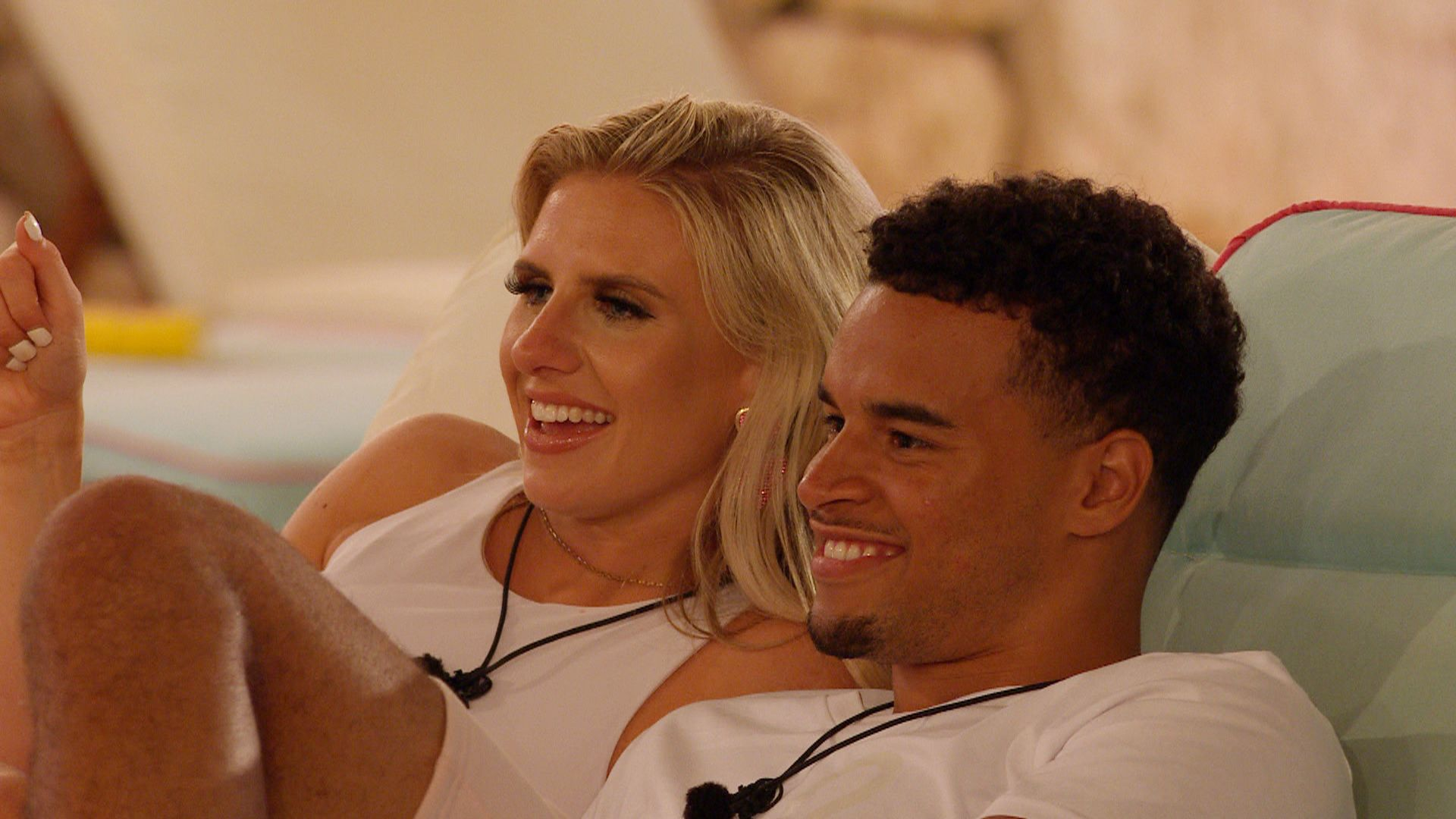 Are Toby Aromolaran and Chloe Burrows From Love Island Nonetheless Collectively?